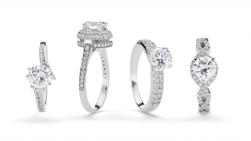 Average Diamond Size In Engagement Rings Is Smaller Than You