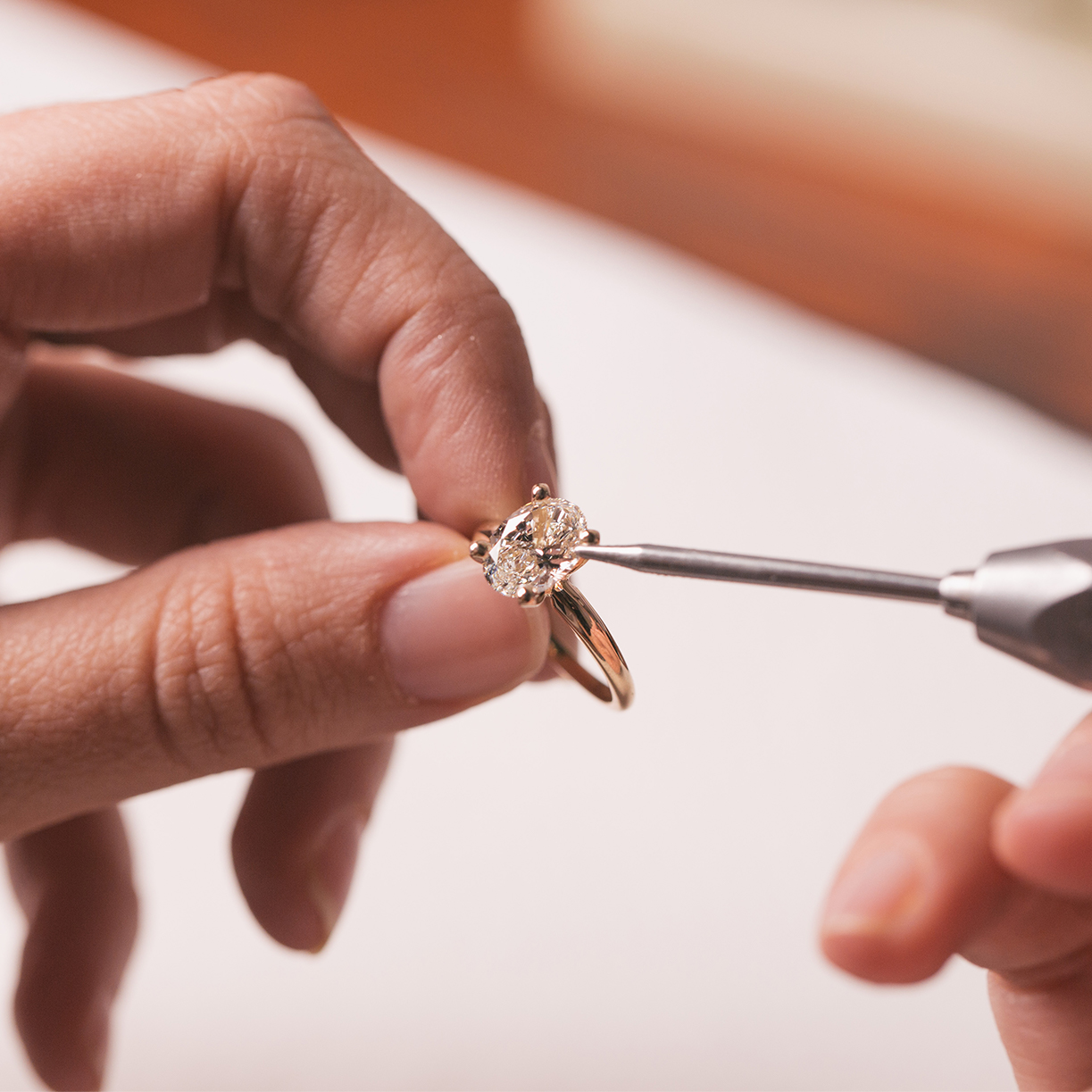 How To Buy A Lab Diamond Ring Engagement Ring Education With Clarity