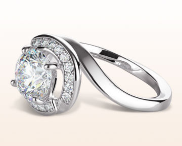 round halo engagement rings swirling