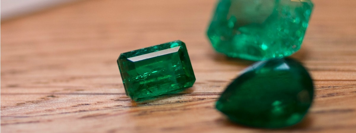 the carat emerald all glitters pinterest pin loose aaa